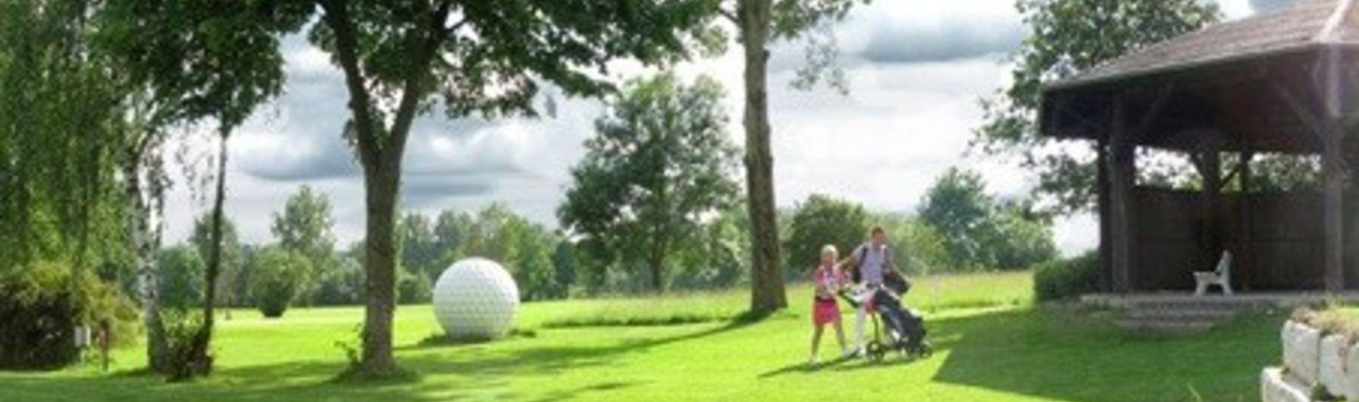 Golfspielen mit Hund im Rottaler Golfclub