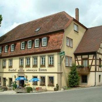 Hotel und Restaurant in Detwang bei Rothenburg ob der Tauber – Schwarzes Lamm