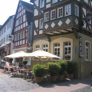 Schloss-Café Lukasch in Grünberg