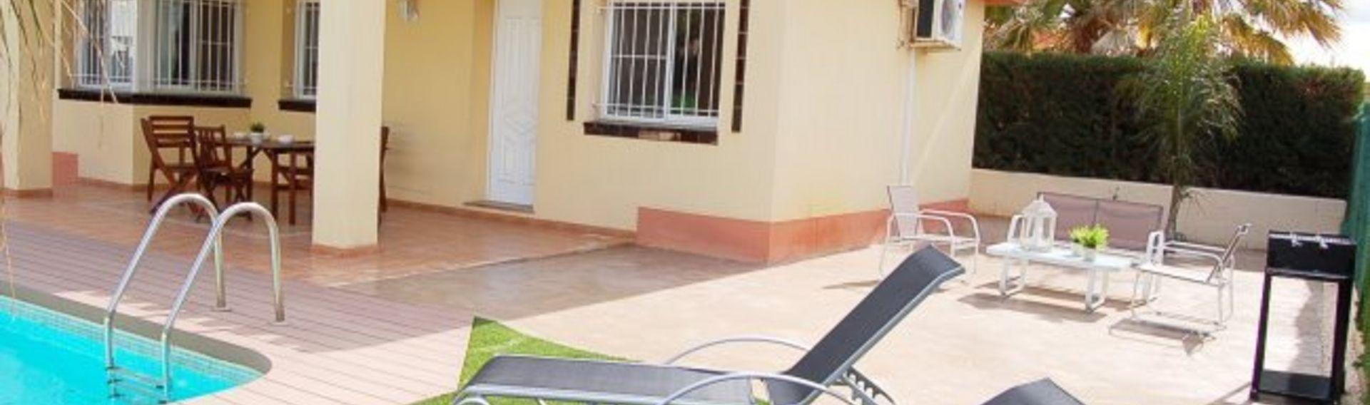 Urlaub mit Hund in Spanien – Ferienhaus mit Pool